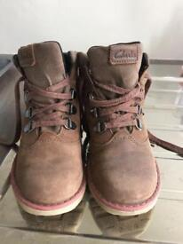 Clark's Boys Boots with Gore-Tex Size 9F