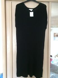 H&m womens clothes size M. Most new