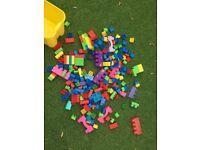 Mega blocks/some duplo bundle