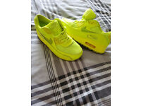 Nike shoes size uk4 eu37