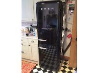 SMEG FAB32NE Fridge Freezer in Black. 50's Retro Style 60cm A Rated