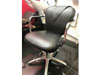 Hairdressing gas lift chair