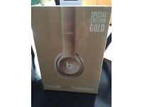 BNIB Special Edition genuine GOLD beats solo2 wireless headphones
