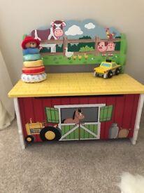 Farm toy box for sale