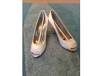 Ivory Satin Peep Toe Bridal Shoes size 5.5 Brand New