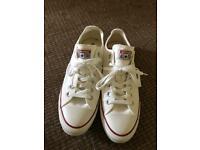 Men's Converse size 9 brand new
