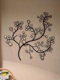 Linda Barker wall decoration