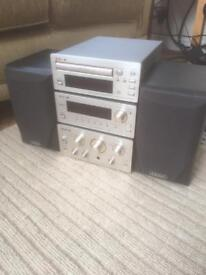TEAC separates with speakers