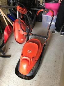 Flymo Easyglide 330 Lawn Mower with grass box