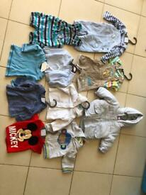 Bundle of boys newborn / up to 1 month clothes