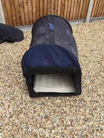 Pop up dog bed