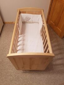 Saplings Glider Crib Rocking/Swinging Baby/Child/infant Wooden Cradle