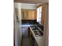 SB Lets are delighted to offer a large lower ground studio flat with a separate sleeping area