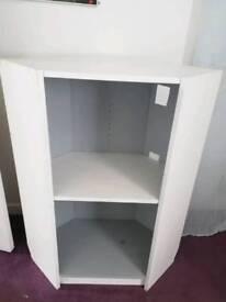 White and silver corner unit