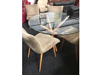 Retro round table and four lovely chairs( one chair free)
