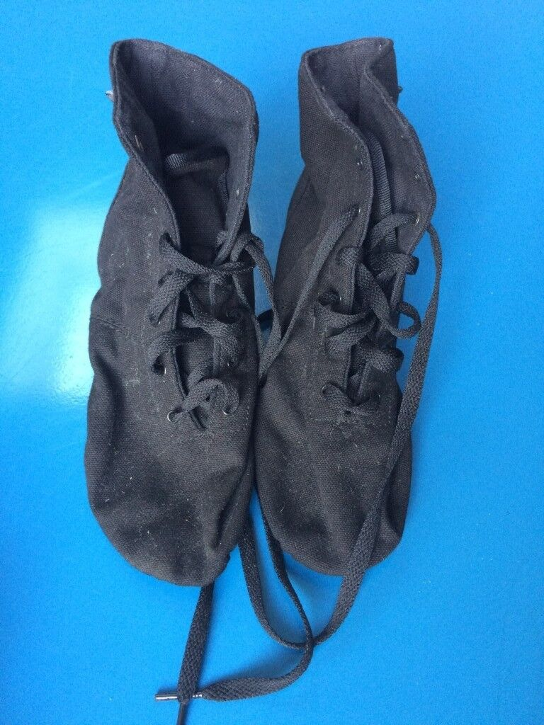 Sansha Soho Canvas Boot Split Sole Jazz Shoe 13b945c182a