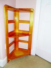 Pine Corner Unit with 3 Shelves