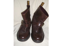 Ladies Brown Leather Doc Marten Boots, Size 7. Nearly New Excellent Condition.