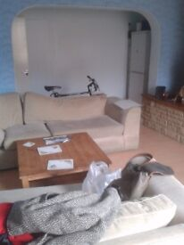 House share. (STUDENTS ONLY) single/double room