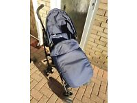 Folding pushchair