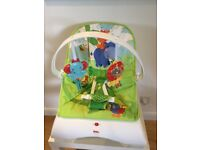 Fisher Price Comfort Curve Baby Bouncer, in excellent condition!!