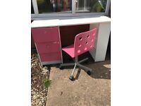 KIDS PINK AND WHITE DESK AND SWIVEL CHAIR ARGOS