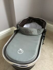 Icandy peach carrycot in black jack