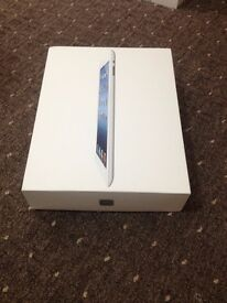 Ipad 3 16GB - Retina Display - WiFi - Box and Charger Included - Very good Condition