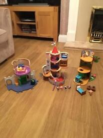 3 Ben & Holly Full Play Sets Thistle Castle, Woodpecker Play House etc