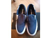 New converse slip on trainers navy v.small 4