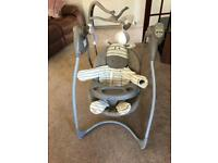 Graco Musical Swinging Chair