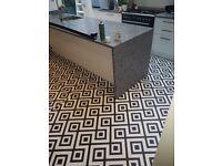 Laminate, Tile Effect Vinyl Flooring Fitters