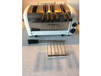 Dualit Toaster 4 slice with sandwich cage