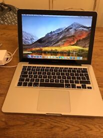 "MacBook Pro 13"" - 2011, i7, 4GB RAM, 750GB HDD"