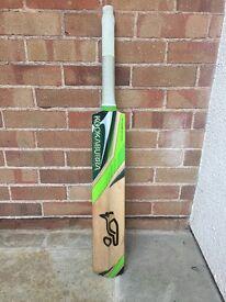 Kookaburra Kahuna Cricket Bat