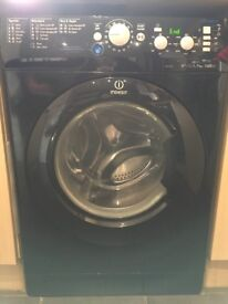 Indesit Black Washing Machine 1400 Spin