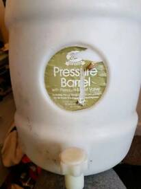 Pressure barrel