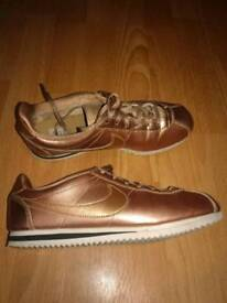 Nike Cortez rose gold/ bronze size 5