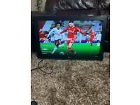 32 INCH LG TV HDMI USB CAN DELIVER