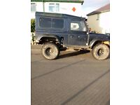 landrover defender 90 hard top and van sides with windows fitted