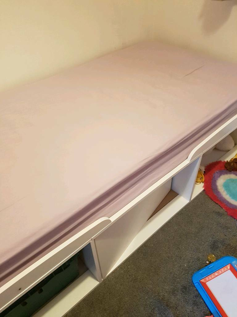 Toddler/single bed
