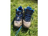Kids Mountain Warehouse Walking Boots Size 5