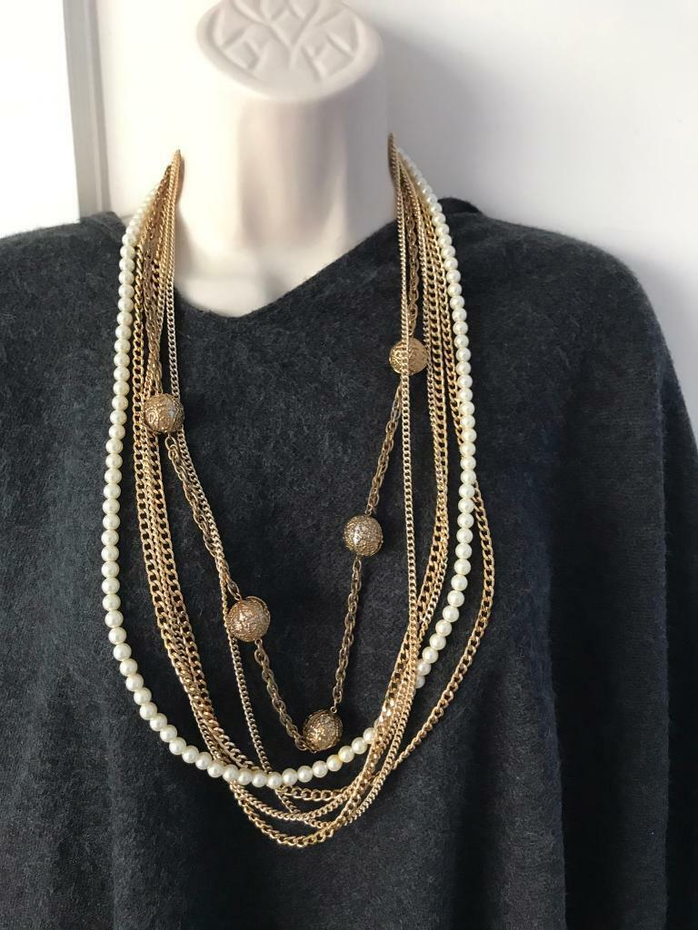 Vintage New York style statement neckless
