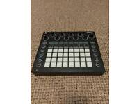 Novation circuit boxed vgc