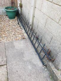 2 Iron Gates and 2 Iron Railings