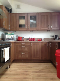 Extra large ensuite room Summerway EX4 8DA £610pcm available for a couple