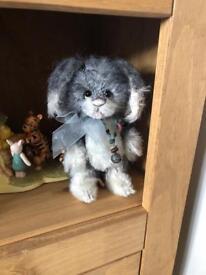 Charlie bears Bella rabbit LE