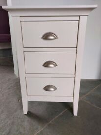 John Lewis pair of excellent white 3 drawer bedside tables