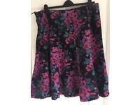 Skirt size 22
