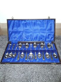 Silver teaspoons and jam spoon in presentation box £25 never used